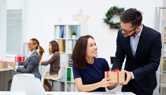 Zneski za poslovna darila